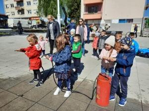 """""""Zečići"""" i """"Šapice"""" u posjeti vatrogascima"""